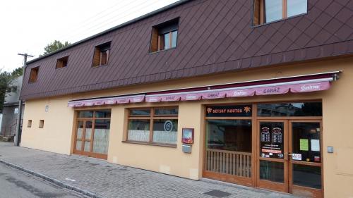 Hospoda Garáž - Pardubice - Na Hrázi 209