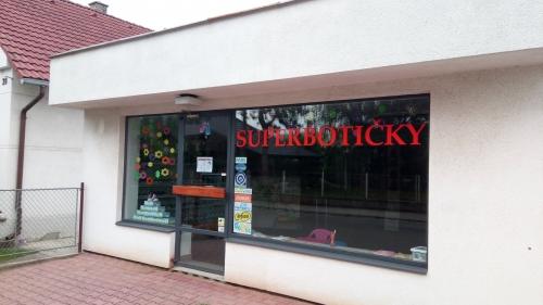 38ce963fd7 Superbotičky - Pardubice - Hradišťská 28